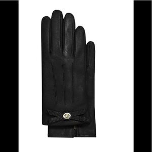 Coach Black Leather Turnlock Bow Gloves (size 8)